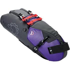 Revelate Designs Terrapin Satteltasche 14l inkl. Wasserdichtem Packsack crush purple